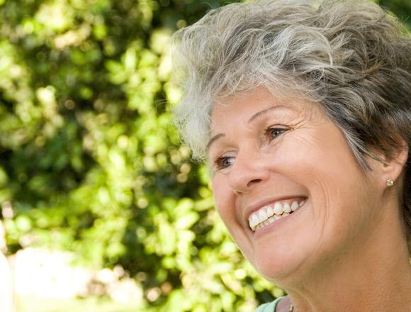 Dentist in Onawa | Optimal Gum Health for Seniors